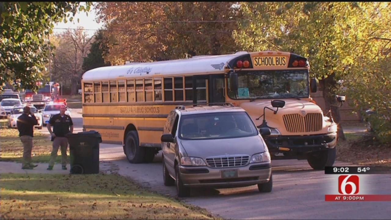 Students Treated After Sapulpa School Bus Fills With Smoke