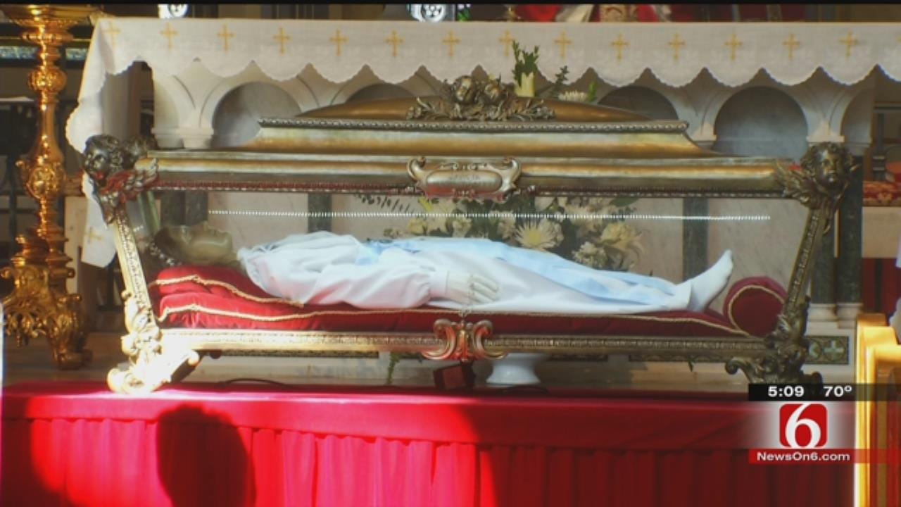 Remains Of Catholic Saint On Display In Green Country