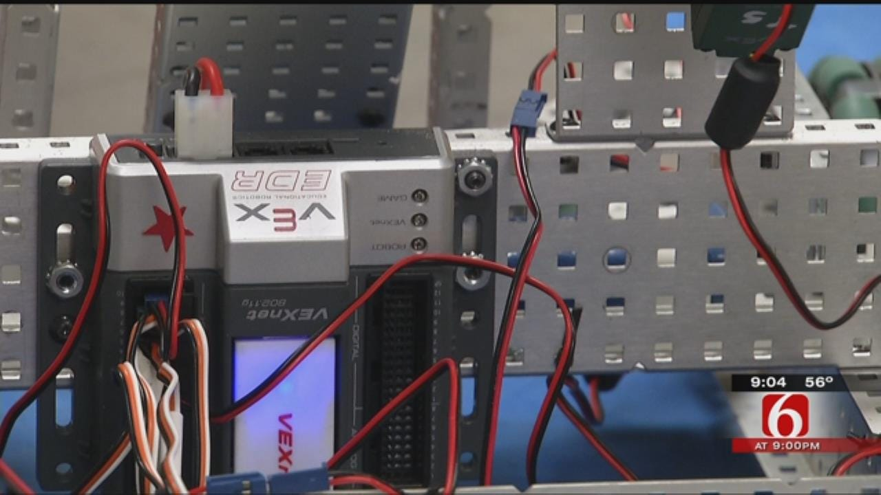 Muskogee Students Learn Coding, Robotics After School