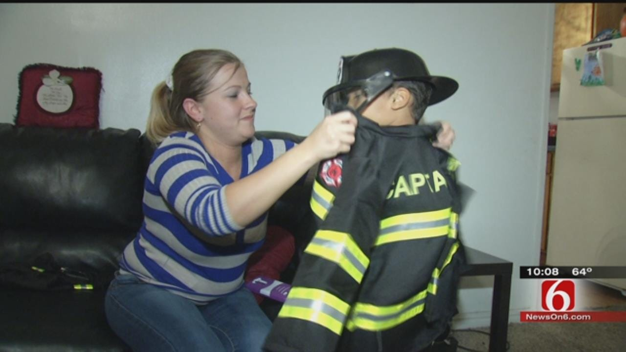 Tulsa Firefighters Replace 5-Year-Old's Halloween Costume After Wreck
