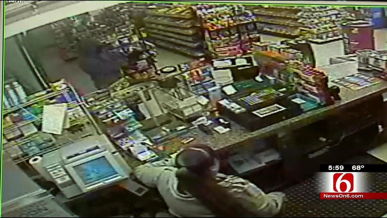 Video Shows Muskogee 'Hero' Customer Shot By Robber