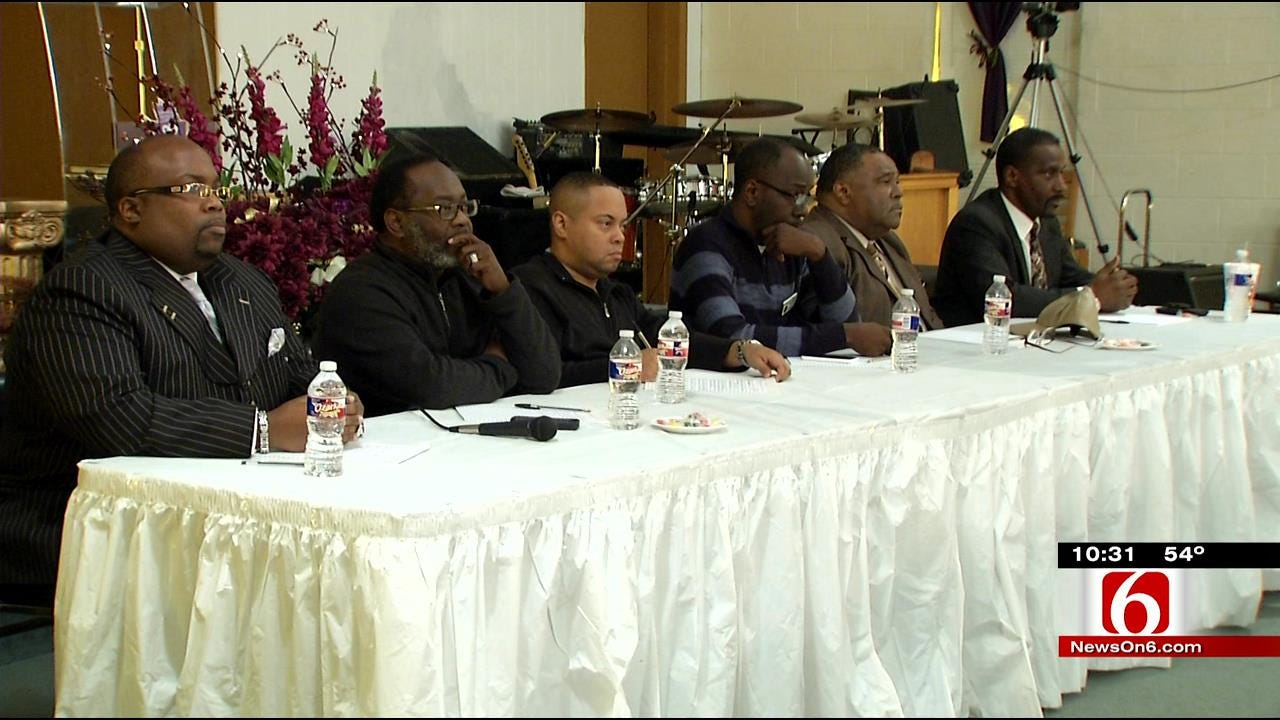 Muskogee Community Members Meet After Officer-Involved Shooting