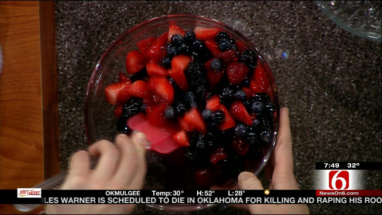 Raw Berry Crisp