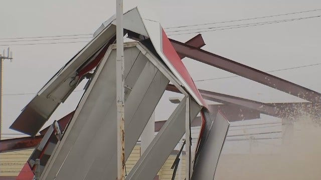 WEB EXTRA: Water Break Damages Tulsa Gas Station