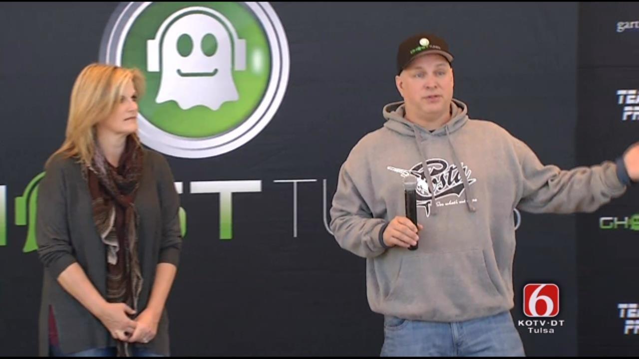 WEB EXTRA: Garth And Trisha News Conference, Part 2