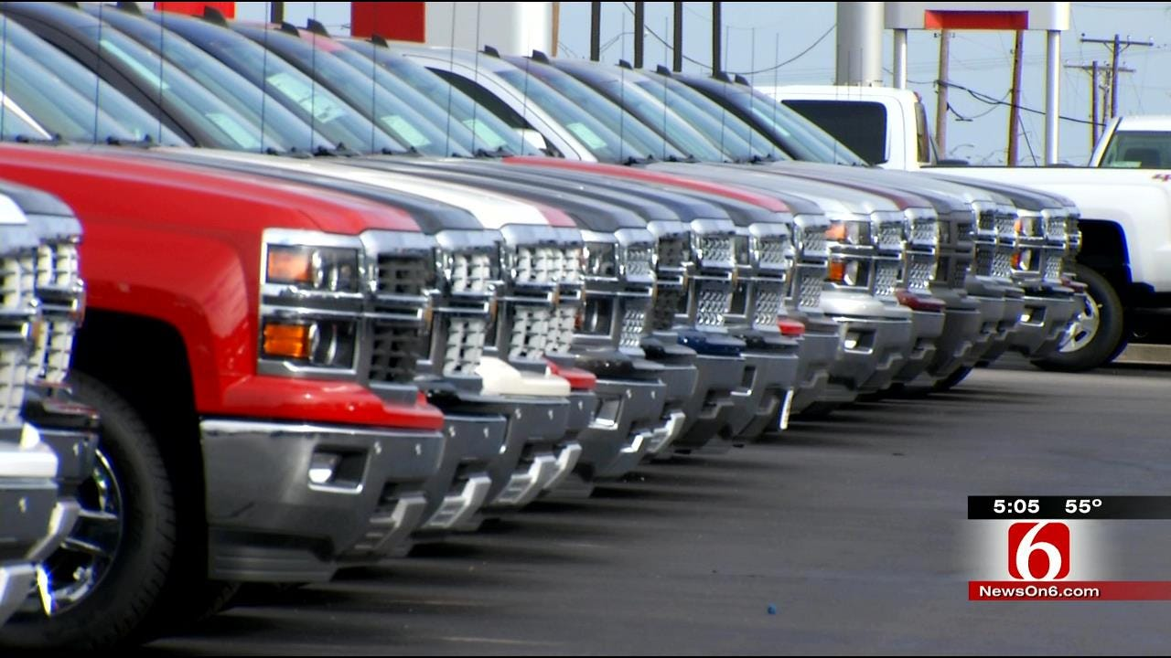 Oklahomans Hit End-Of-Year Sales At Auto Dealers