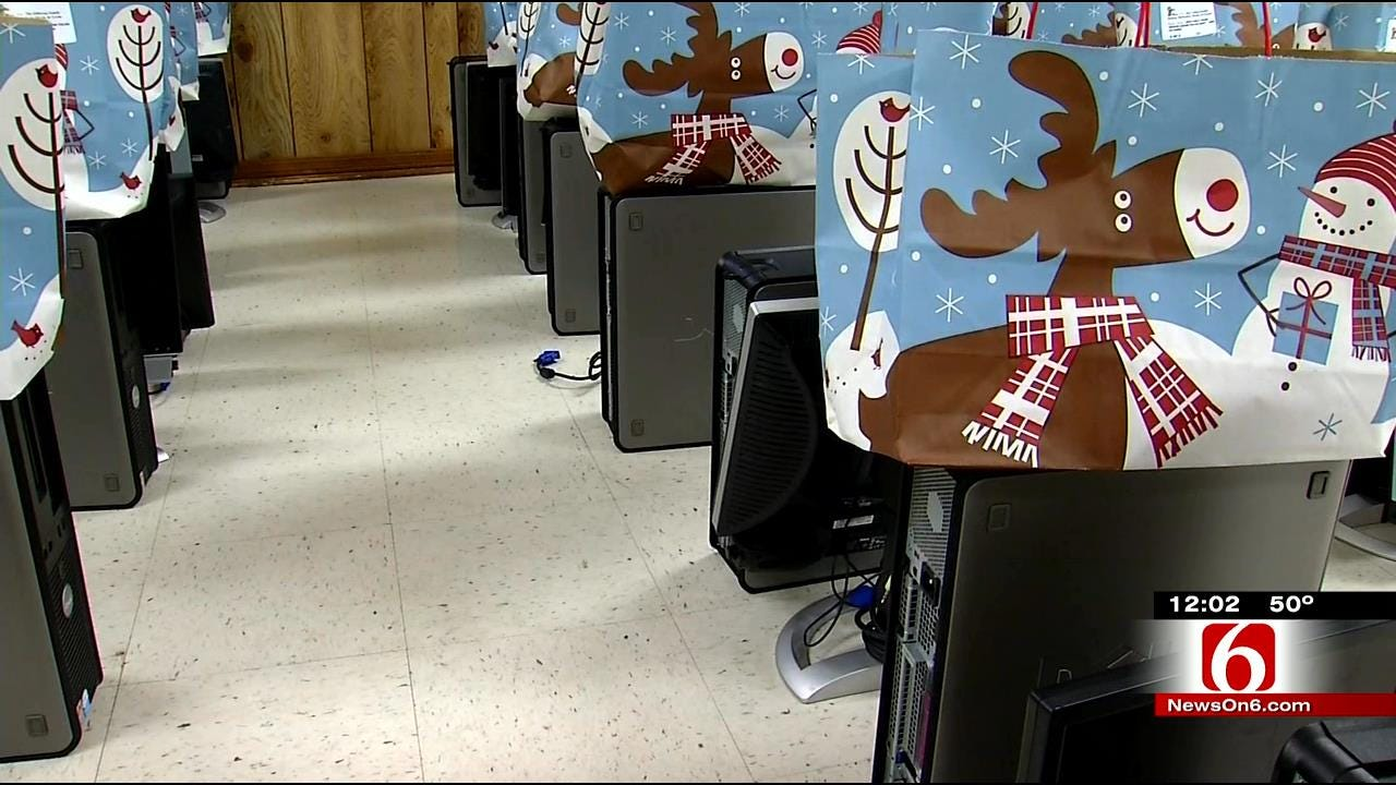 Tulsa Police Officers Deliver Early Christmas Gifts To Area Children