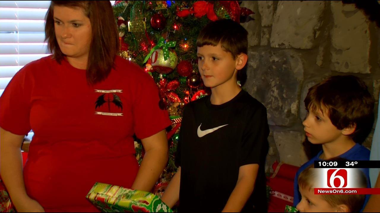 Oklahoma Veteran, Family Celebrate Christmas In New Home