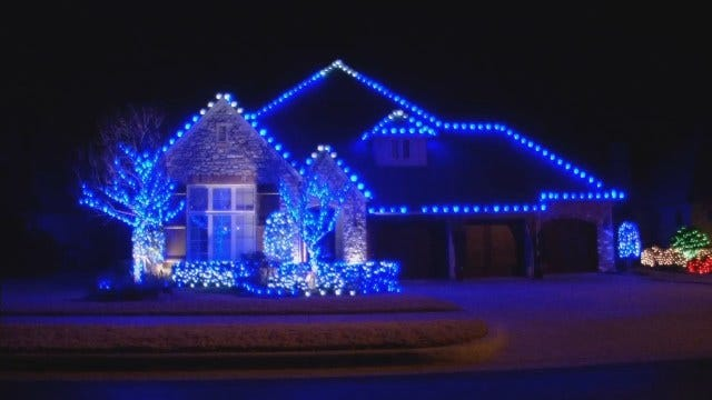 Lawn America, News On 6 Decks Out Jenks Home In Christmas Lights