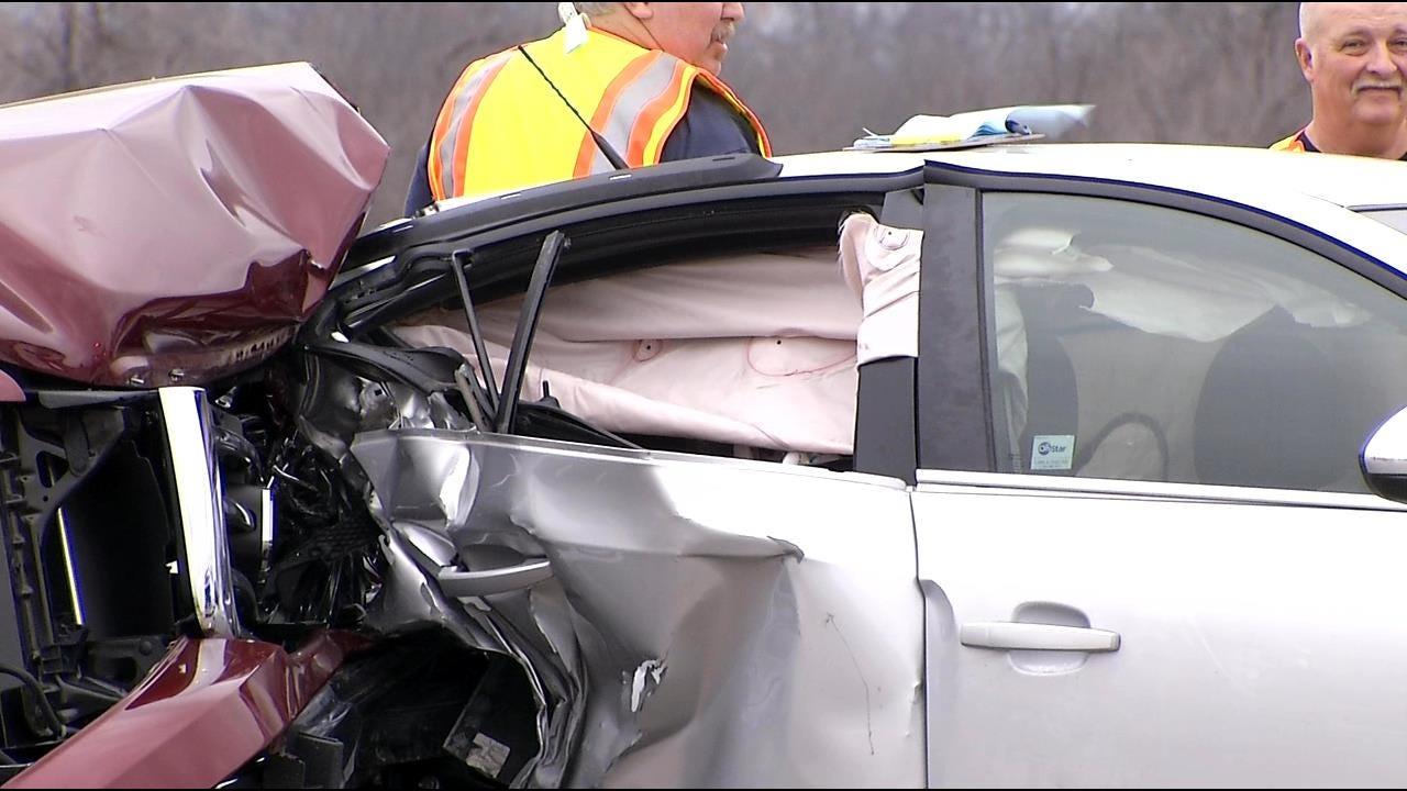 Four Injured In Crash On Highway 169 In Tulsa