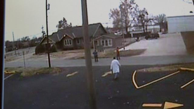 WEB EXTRA: Surveillance Video Of Tulsa Warehouse Market Purse Snatching Incident