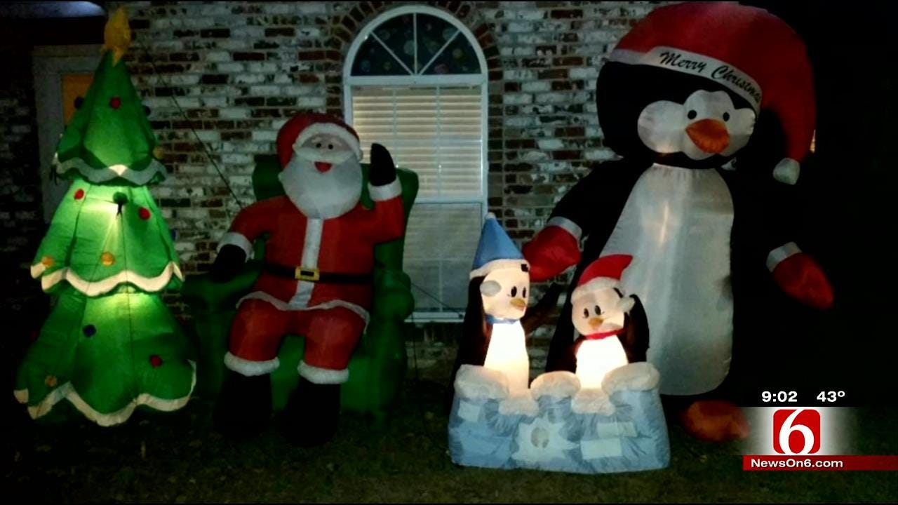 Theives Target Christmas Lawn Decorations All Over Green Country