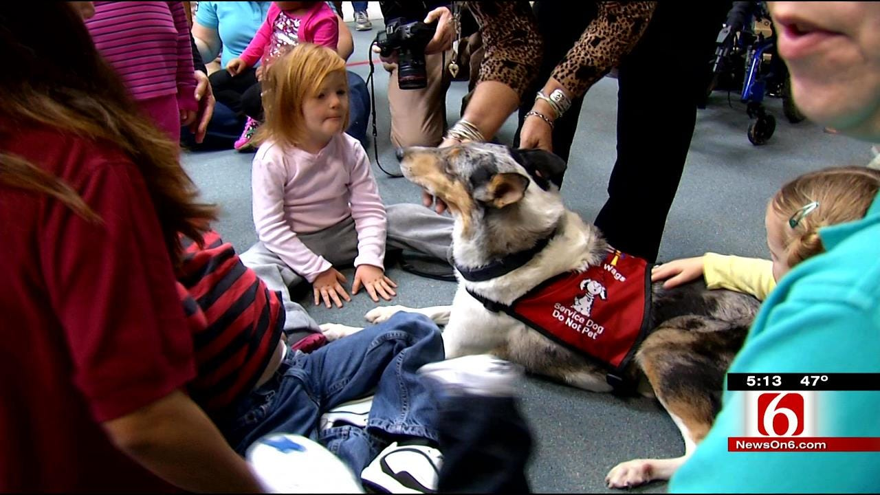 Students Gift New Therapy Dog To Tulsa's Little Light House