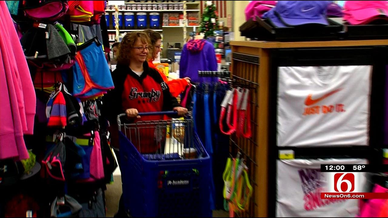Tulsa Black Friday Shoppers Save Big By Bargain Shopping