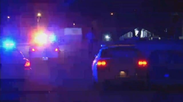 WEB EXTRA: Tulsa Police Pursuit Ends On Railroad Tracks