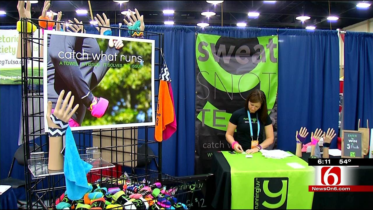 Runners Spend Day At Route 66 Marathon Expo
