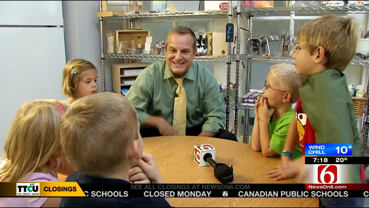 WEB EXTRA: 6 In The Morning Anchor Rich Lenz Conducts Some Q & A With Riverfield Students