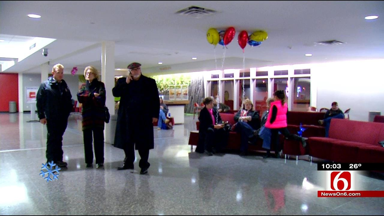 Travelers At Tulsa International Airport Roll With the Weather Delays