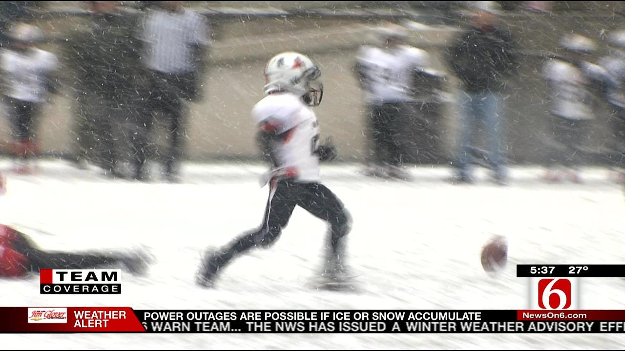 Tough Kids Brave Snow, Temps To Fight For Sooner Classic Championship