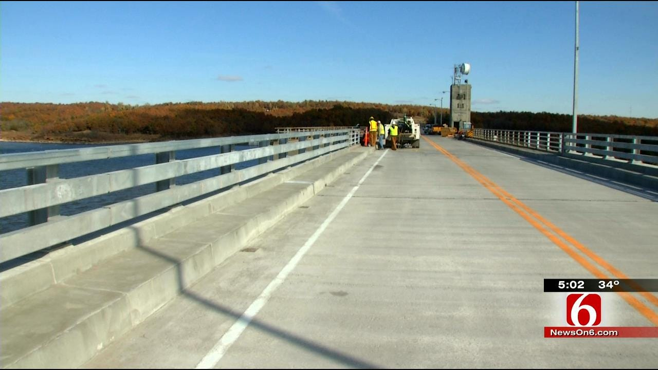 Drivers Excited For Re-Opening Of Keystone Dam Bridge
