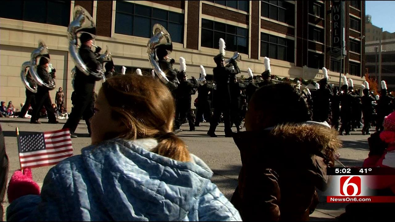 Cold Weather Doesn't Halt Tulsa's Veterans Day Parade
