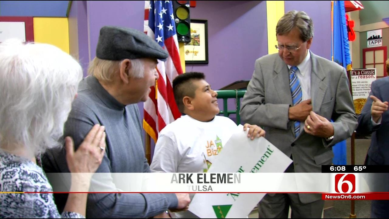 Local Country Music Legend Visits School Named In His Honor
