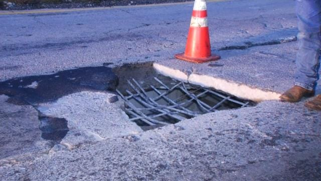 WEB EXTRA: Video Of The Hole In The Highway 412 Bridge