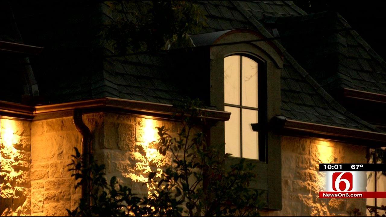 Police: Tulsa Homeowner Uses Shotgun To Scare Off Would-Be Burglars