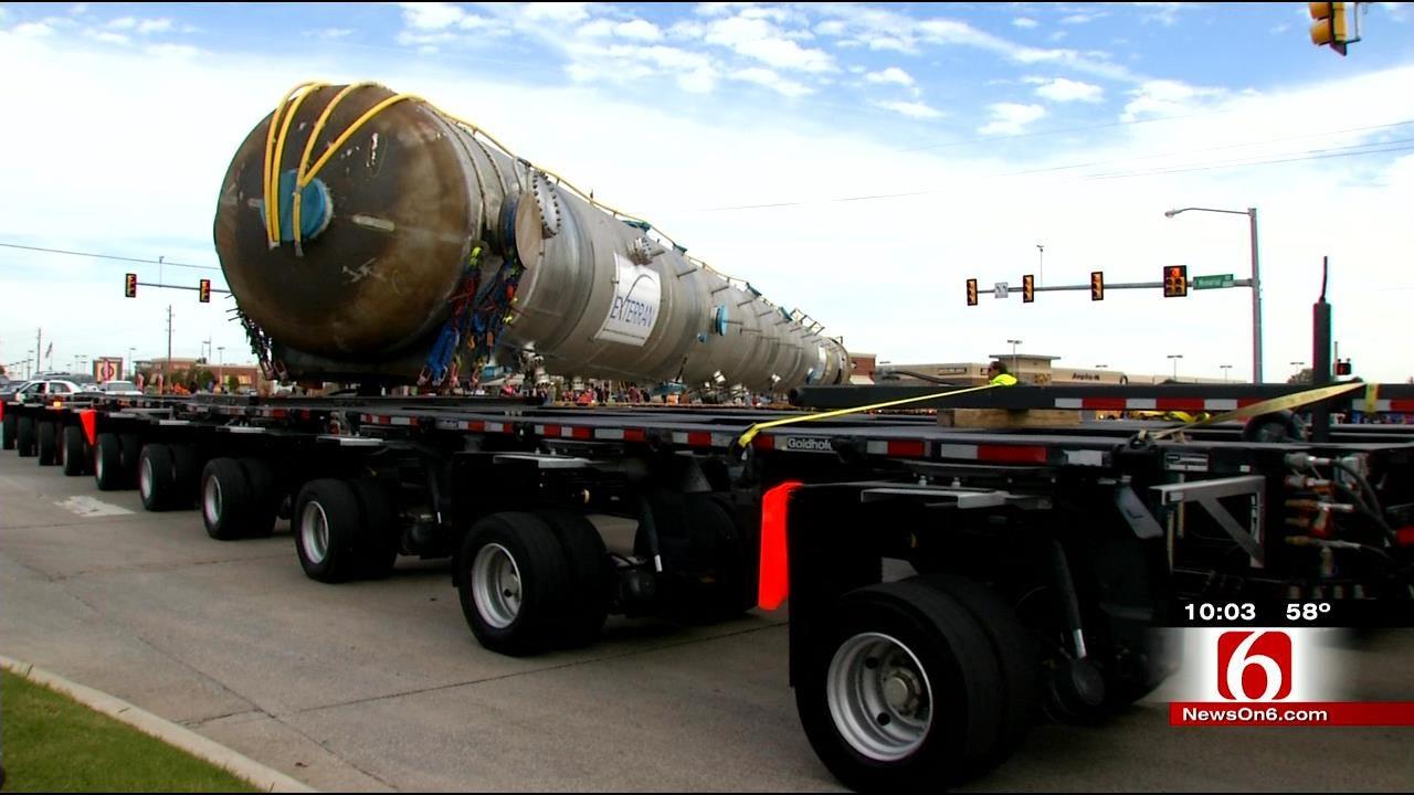 Huge Demethanizer Transport Makes Its Way Through Oklahoma