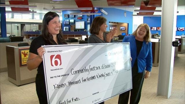 Generous Donations Help News On 6 Deliver Big Check To Food Bank