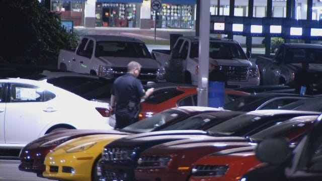 WEB EXTRA: Video Of Search For Car Thieves At South Tulsa Car Lot