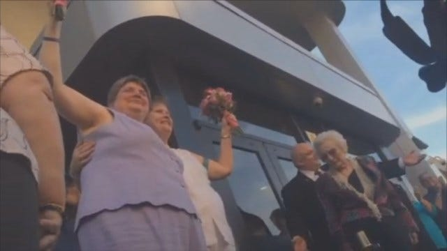 WEB EXTRA: Sharon Baldwin and Mary Bishop Wed At Tulsa County Courthouse