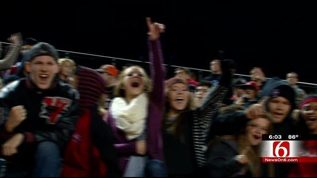 Lack Of Stadiums Force Oklahoma Schools Under Thursday Night Lights