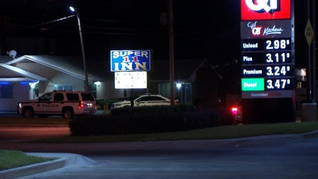 WEB EXTRA: Video From Stabbing Inside QuikTrip At 11th And Sheridan