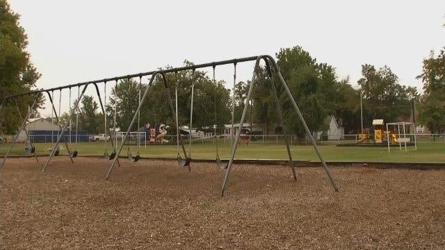 Suspicious Car Near School Playground Has Kiefer Parents On Edge
