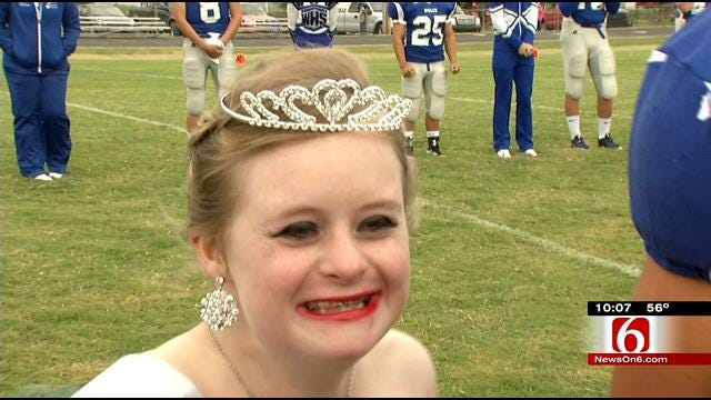 Teen With Down Syndrome Crowned Welch High School Homecoming Queen