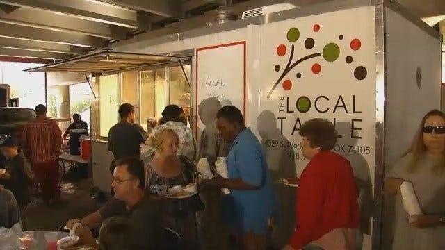 Food Trucks Provide Meals To Tulsa's Homeless
