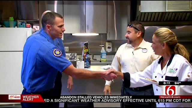Olive Garden Delivers Thanks To Local Firefighters