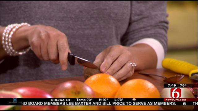 Dietitian Offers Tips For Cutting And Peeling Fruit On 6 In The Morning