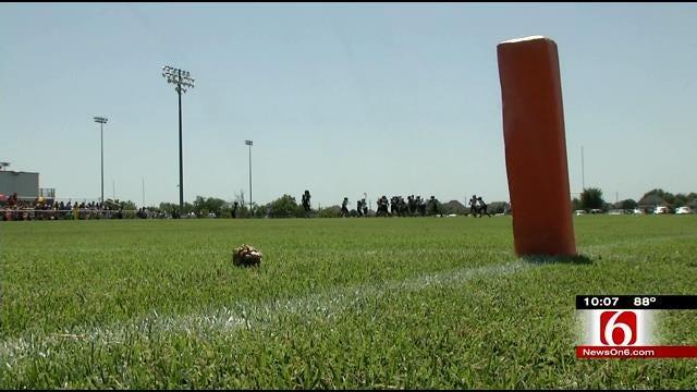 Oklahoma Youth Football Players, Coaches Battling The Heat