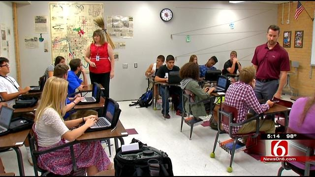 Jenks School District Opens With Changes