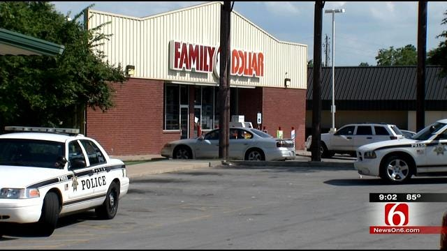 Armed Robber Takes Cash From Tulsa Family Dollar Store