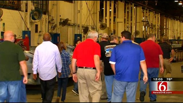 Tulsa Teachers Get Lesson In Manufacturing At Port Of Catoosa