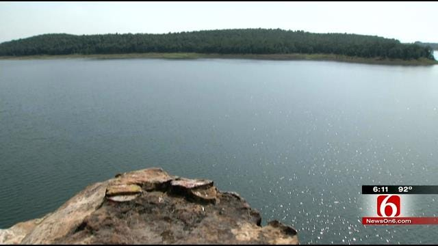 Owasso Man Recovering From Broken Legs After Fall At Skiatook Lake