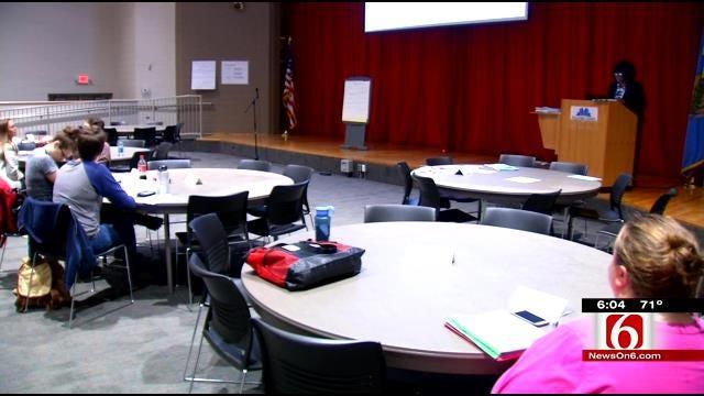 Tulsa Public Schools Training New Teachers, Looking For More