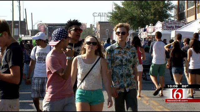 Heat, Traffic Don't Stop Festival Goers From Filling Brady Arts District