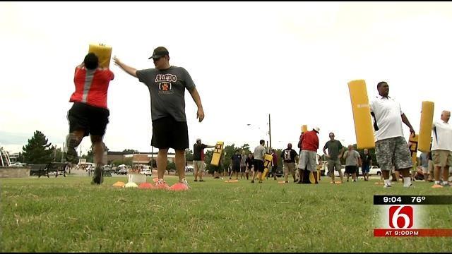 Pros Train Regional High School Coaches On 'Heads Up Football'