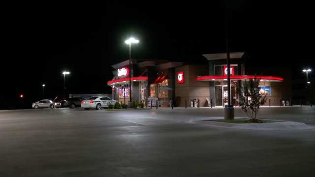 WEB EXTRA: Video From Scene Of QuikTrip Armed Robbery