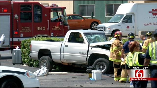 Man With Possible Medical Condition Dies In East Tulsa Crash