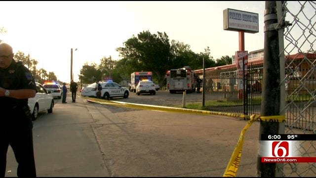Tulsa Convenience Store Clerk Shot By Armed Robber